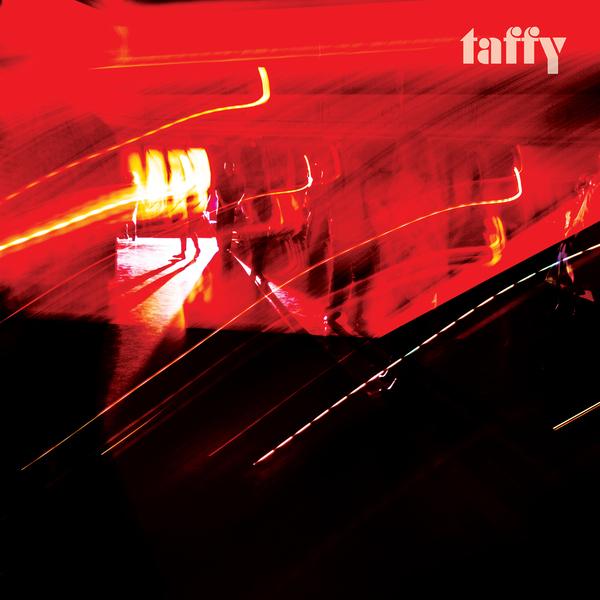 v600_taffy-album-1440